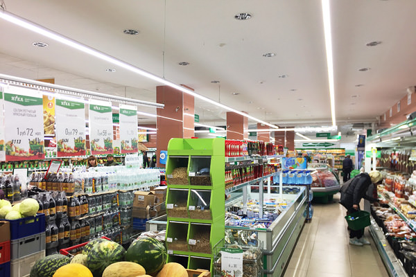 buy commercial LED lights ledz e-Trade 100 CM installed in the network Nika Vitebsk, LED lighting fixtures for the Belarusian trade ledz, lamps Belintergra, Slim Retail, Crown Retail, Slim Retail, Korona Retail